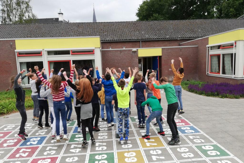 Dansend het schooljaar uit!